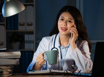 Night Shift Nurse Survival Guide: Resources, Tools & Tips
