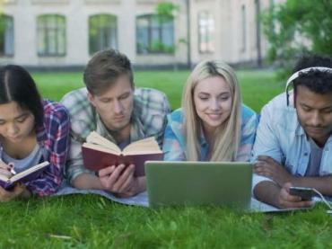 Remedial Reading Programs for College Freshman