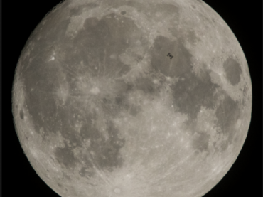 NASA ECLIPS: DISTANCE TO THE MOON