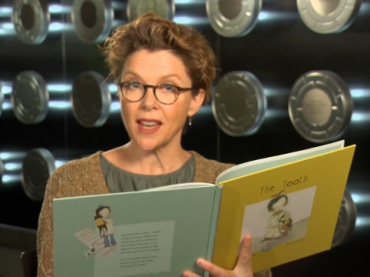 The Tooth read by Annette Bening