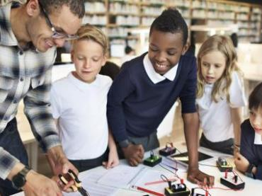 UNDERSTAND ME! Supporting the Learning Needs of Diverse Gifted Students