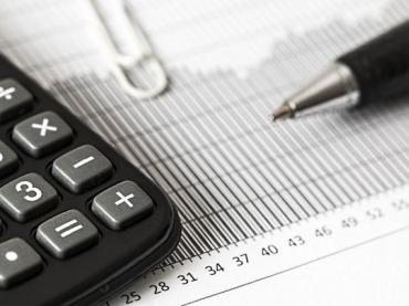 What to teach students in High school accounting classes