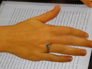 E-reader enables blind to scan text like sighted readers