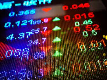 Data Crunch: Are Stocks a Risky Long-Term Investment?
