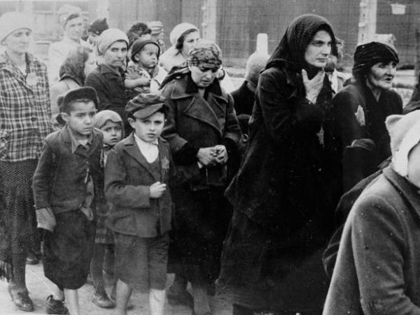 Bearing Witness to the Holocaust