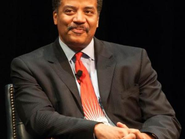 Neil deGrasse Tyson Answers Your Questions!