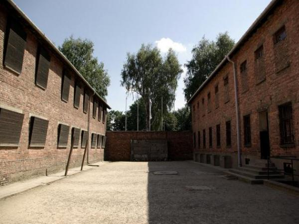 pixabay concentration camp